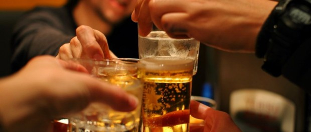 Чем больше друзей, тем больше вы пьете