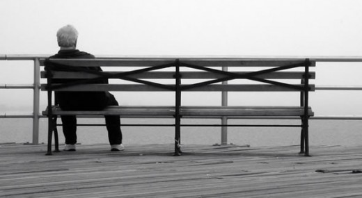 пожилые люди, одиночество