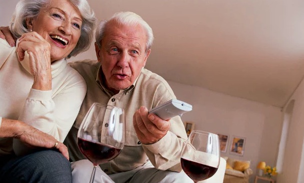 алкоголь, пожилые люди