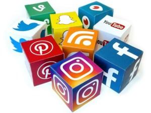 современная жизнь, социальные сети, депрессия, изоляция