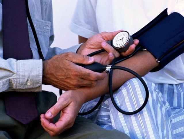 Ортостатическая гипотензия: причины, симптомы, профилактика