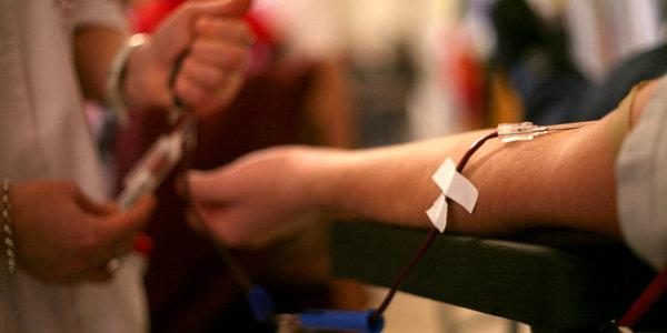 """""""N-avem sânge!"""": mesajul campaniei de informare cu privire la importanța donării de sânge în """"luna cadourilor"""""""
