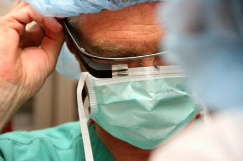 surgeonglass2.jpg