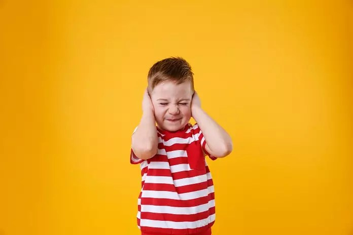 mild to moderate sensorineural hearing loss in children