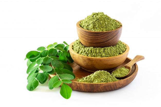 Moringa Tea – Benefits, Risks, How to Make, Usages