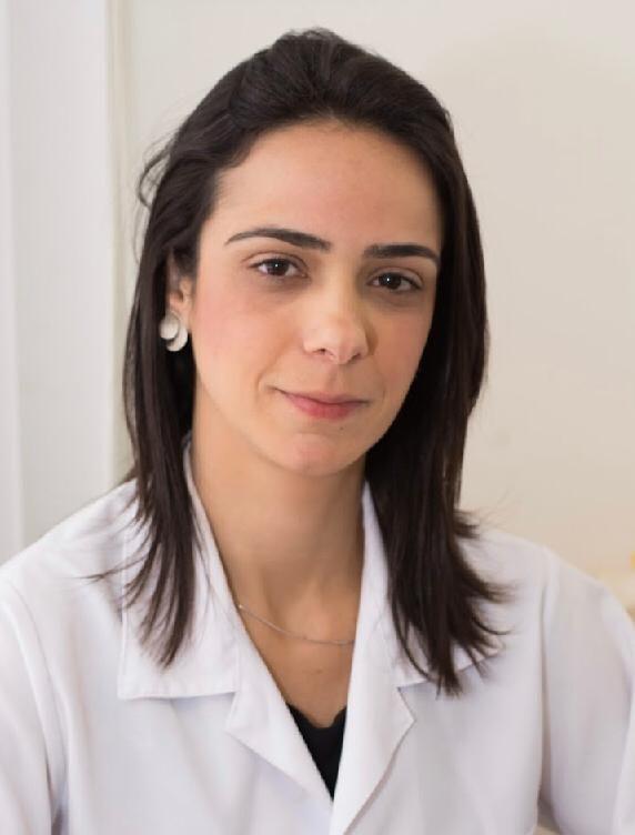 Dra. Ana Carolina Lima