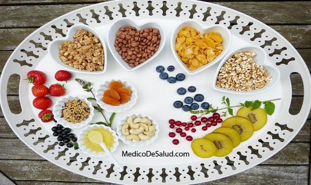 Beneficios y riesgos de una dieta baja en carbohidratos
