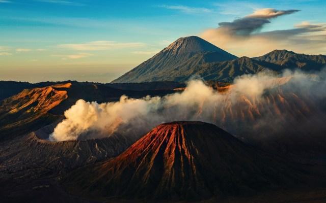 Volcanes aj