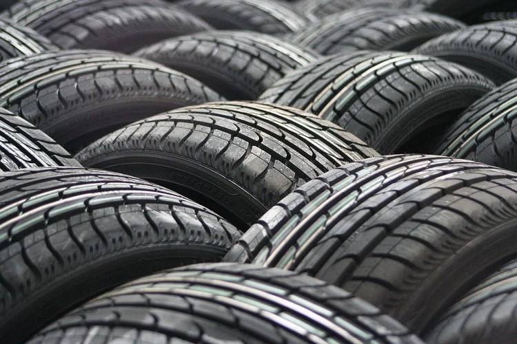 Cómo transforma la industria los neumáticos reciclados para darles una segunda vida