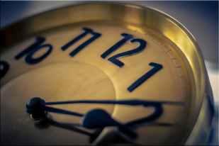 clock close up time