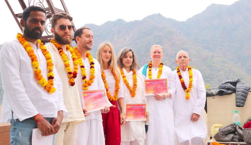 300-hours-meditation-teacher-training-in-india