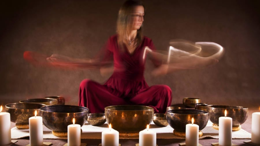 Tibetan Healing Sounds of Singing Bowls @ 528Hz + Fire
