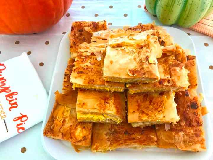 Phyllo dough pumpkin pie served cut in square individual slices