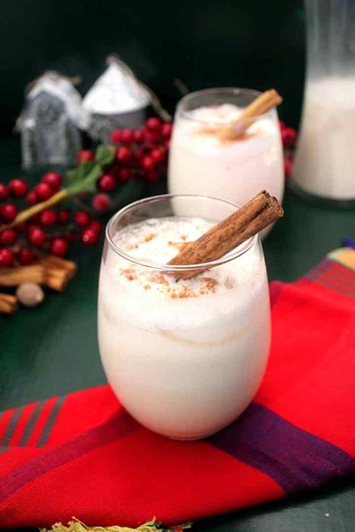 Puerto Rican Coquito, Christmas Coconut Cocktail (eggless)