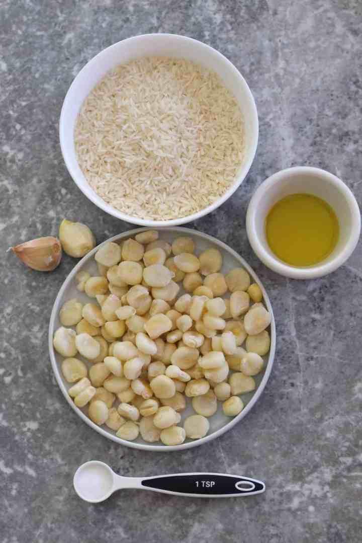 Ingredients to make Peruvian Arroz con Choclo