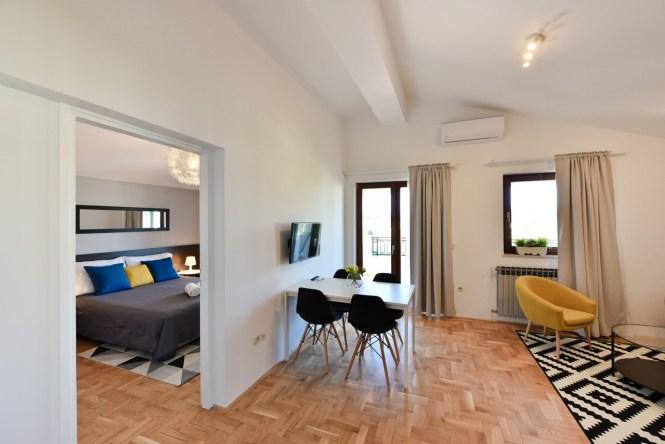 2 Bedroom Apartment No 4 Mediterraneo Garden Apartments