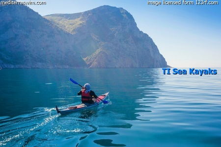 sea-kayak_credited_customized