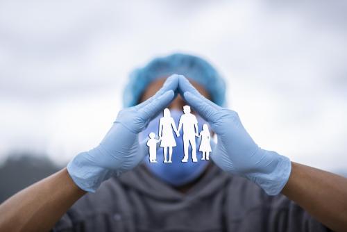 Neue Versicherungspflicht für Ärzte, Zahnärzte, MVZ & Co.