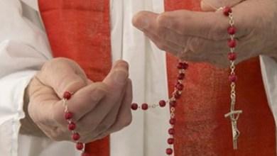 Photo of Egzorcizam je služba radosti, svjetla i mira, piše u novom Priručniku