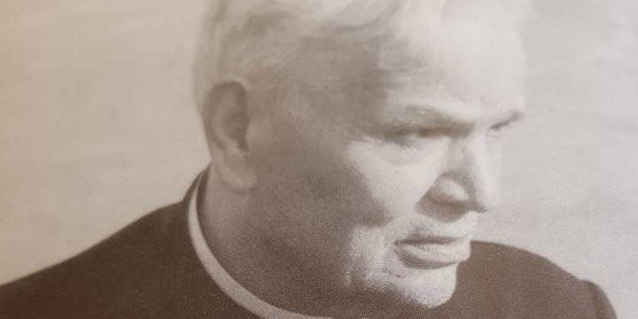 svećeniku