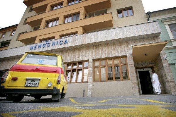 az-ellenzek-megvizsgalna-a-medical-group-osszes-nyertes-palyazatat_99073