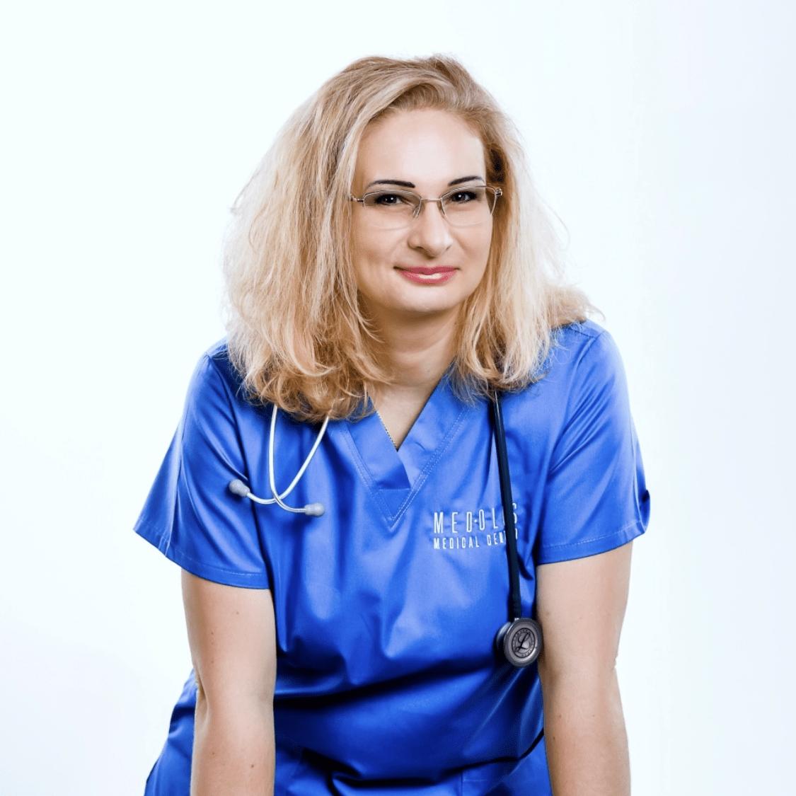 Dr. Nyisztor-Csáki Tímea