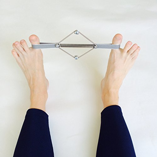 by-Prag-Movement-Toe-Corrector-Originates-from-the-Traditional-Pilates-Method-for-Professional-Private-Use-Take-Care-of-Your-Feet-Tighten-Your-Seat-0