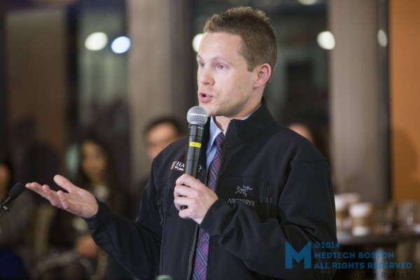 """Todd A. Theman, a surgical resident in the integrated Harvard Plastic Surgery training program at Harvard Medical School, took home the """"Lean and Mean"""" award for his pitch """"Expert on Call."""" Photo by Poncie Rutsch."""