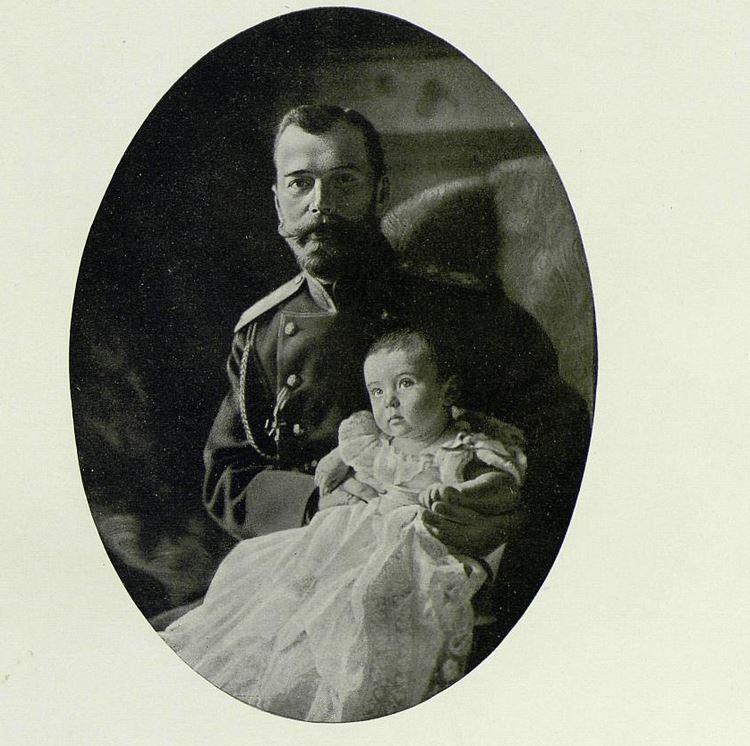 Император Николай II с цецаревичем