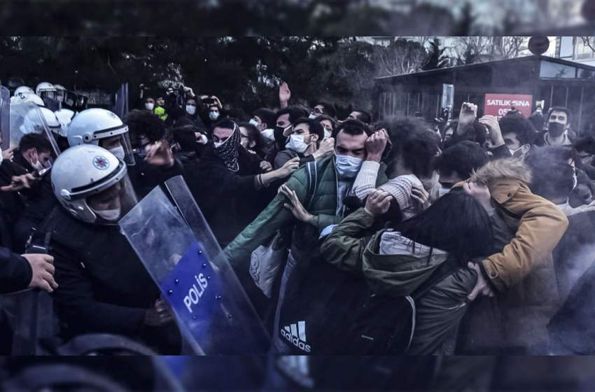 24 Boğaziçi University students released from detention as protests continue in Turkey