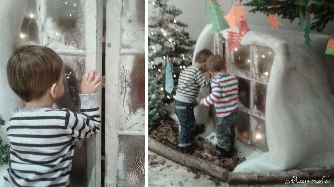 Kinder vor einem Nissehaus