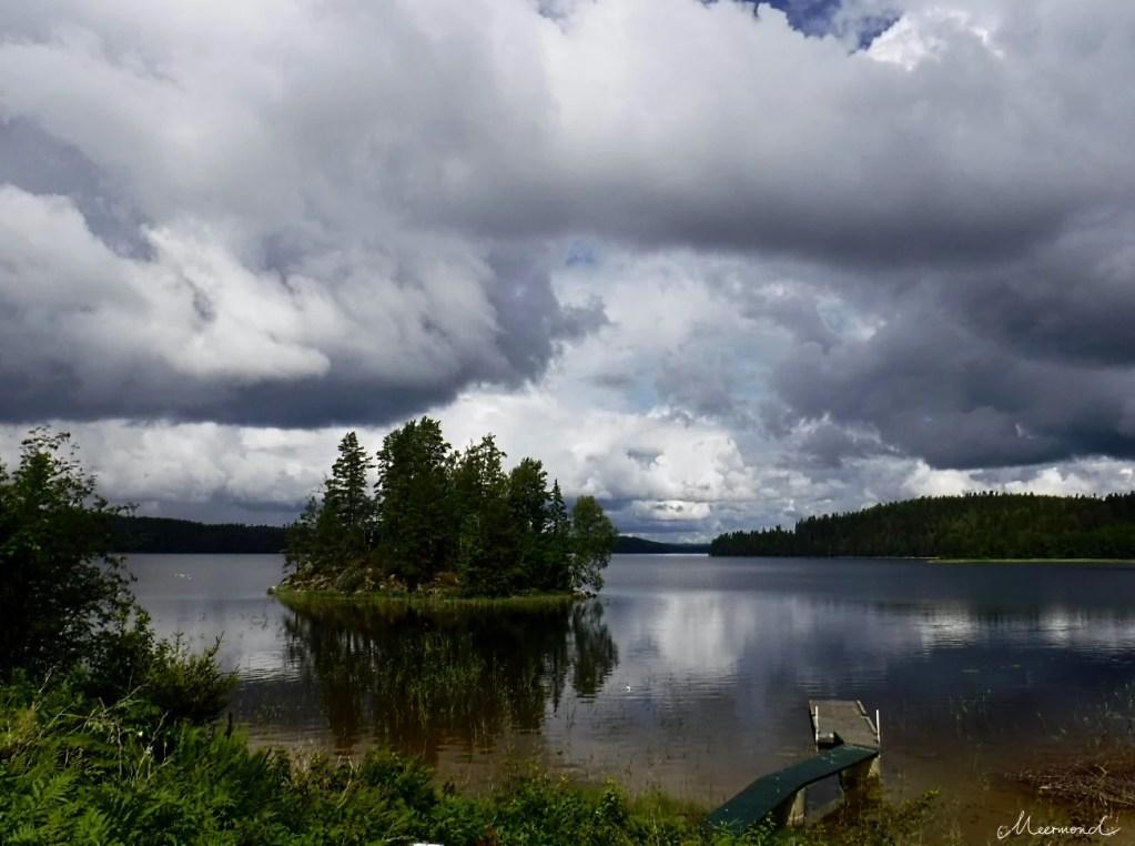 See Schweden dramatischer Himmel
