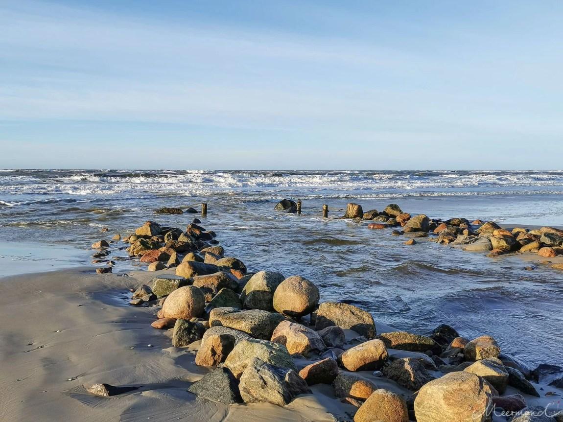 Løkken - Strand im Januar - Blick aufs Meer