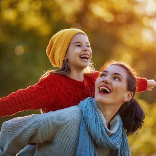 Twee excentrieke types moeder als het om kleding gaat