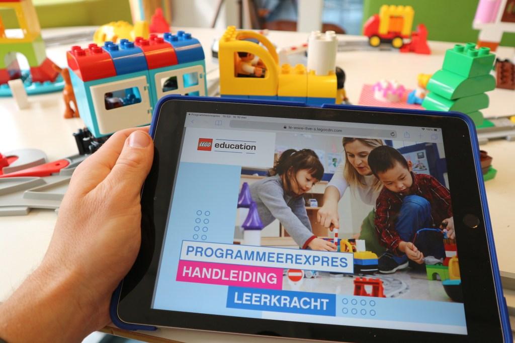 Handleiding Coding express lego education