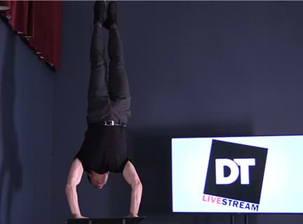 Dan Thurmon doing a handstand