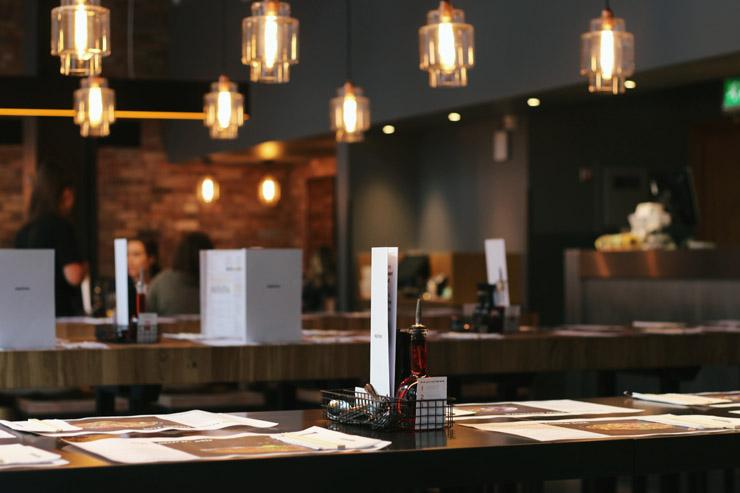 Restaurant - Credit Unsplash