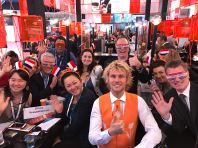 group presentation at the Holland stand