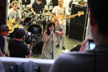 Mariana Aydar canta no fim do sábado