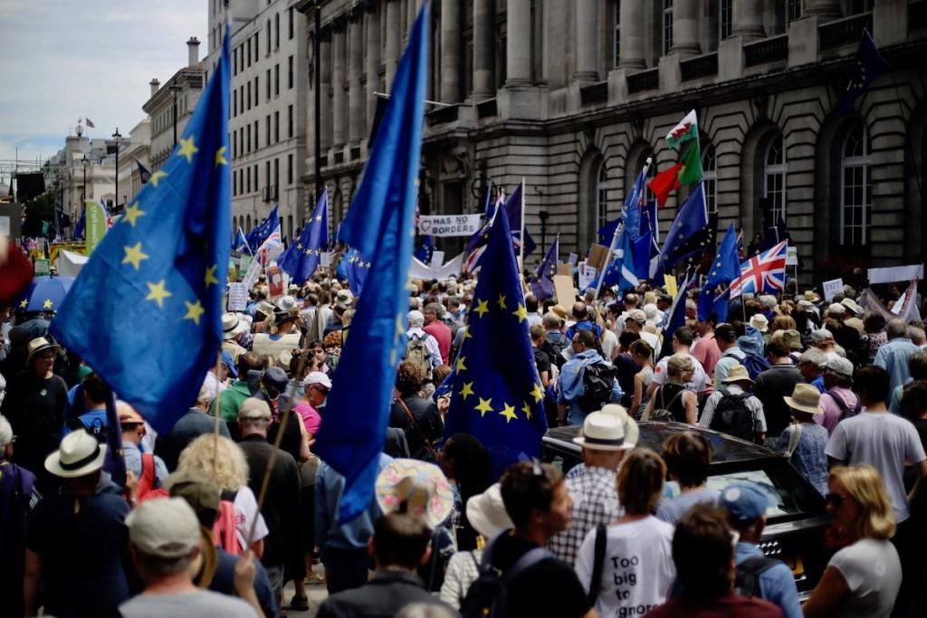 entenda brexit uniao europeia boris johnson theresa may europa reino unido me explica