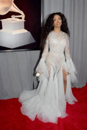 SZA in Atelier Versace. Photo by Lester Cohen/Getty Images