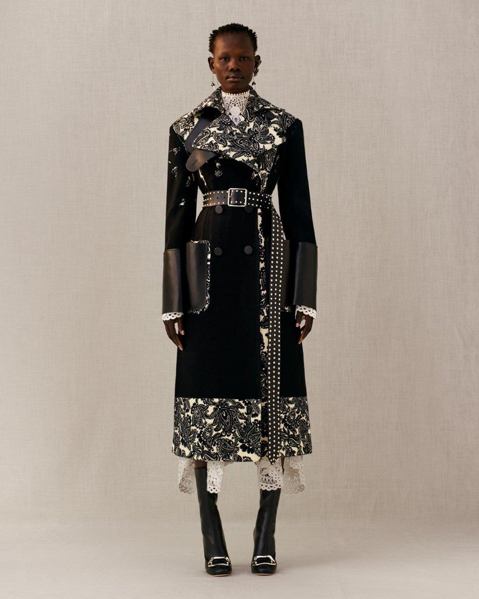 Shanelle Nyasiase modelling for Alexander McQueen AW18 via Twitter @McQueen