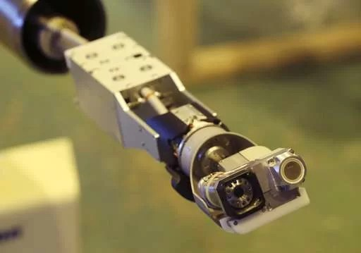 "Robô em ""formato de cobra"" vai inspecionar desastre nuclear de Fukushima"