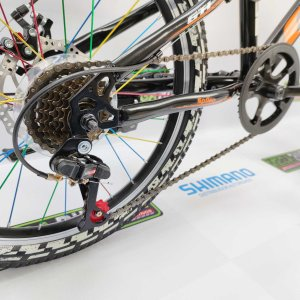Bicicleta-guayaquil-mtb-montañera-talla-mega-bike-store-bike-shimano-gti-spike-aro-20-acero-negro-naranja.