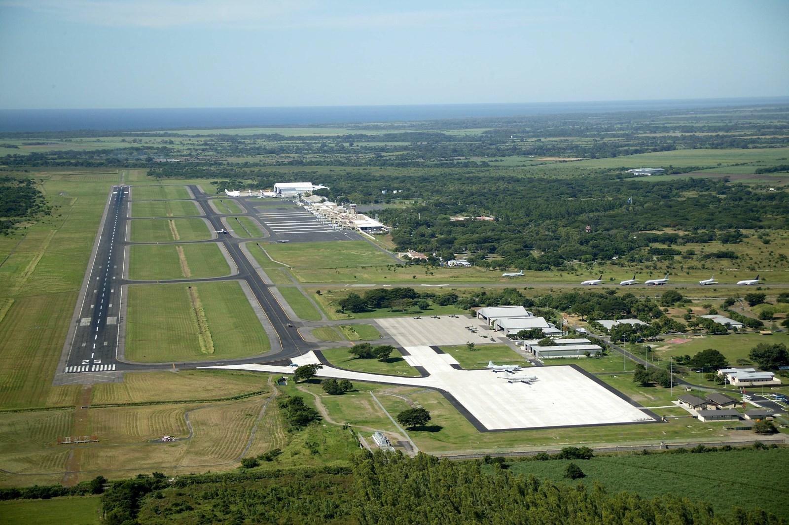 Salvador De El Aeropuerto