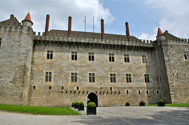 Palacio de los Duques de Braganza, Paço dos Duques de Bragança ...