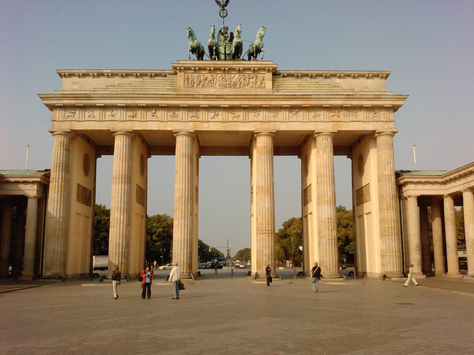 Resultado de imagen para Puerta de Brandeburgo.