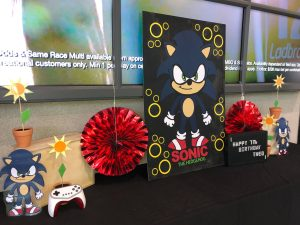 sonic cake table scaled