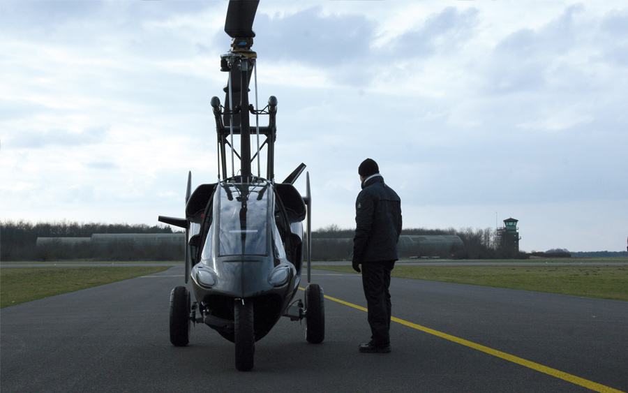 PAL-V :: Two Seat Hybrid Car and Gyroplane (7)