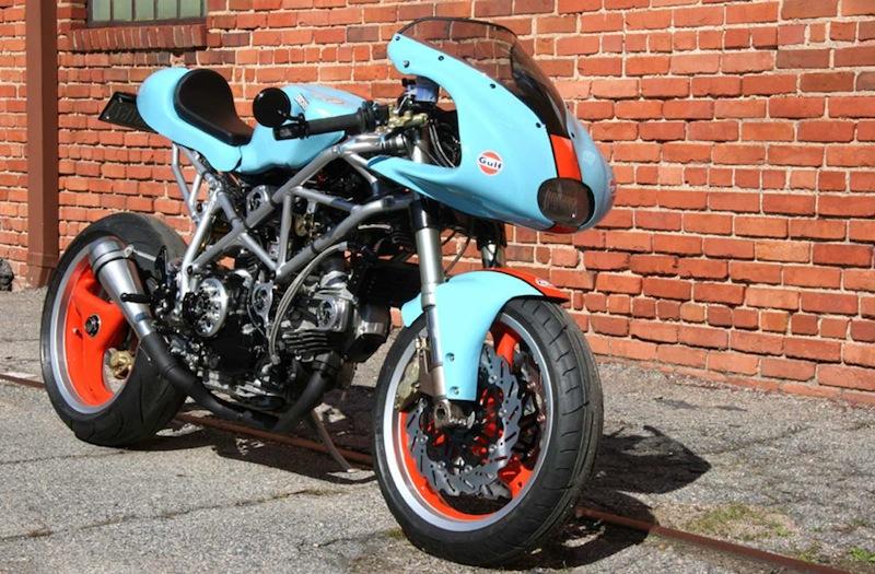 Moto Motivo – Ducati Gulf Oil Cafe Fighter